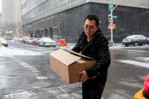 Paul Sun delivering food